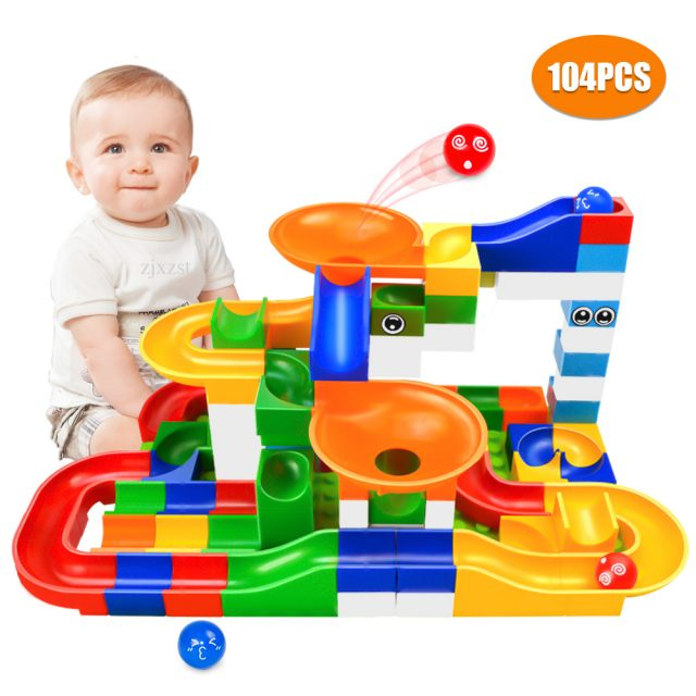 Toy building blocks set (104 pieces)