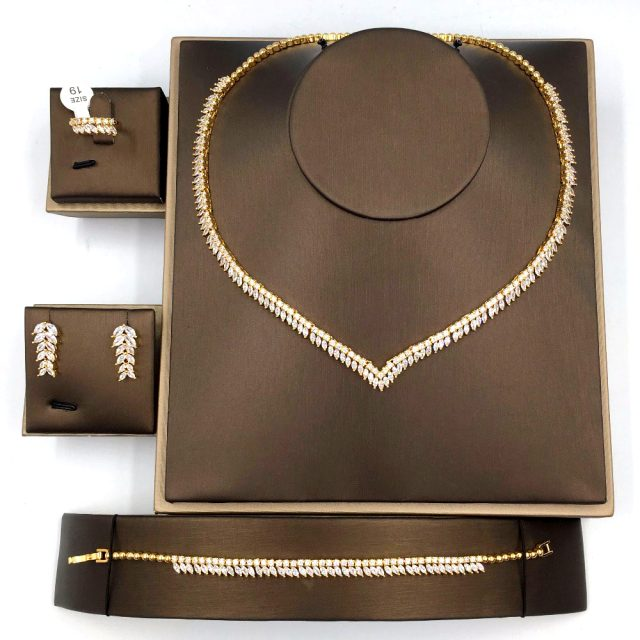 Elegant Cubic Zirconia Necklace Set